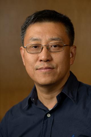 Jingqing Yang